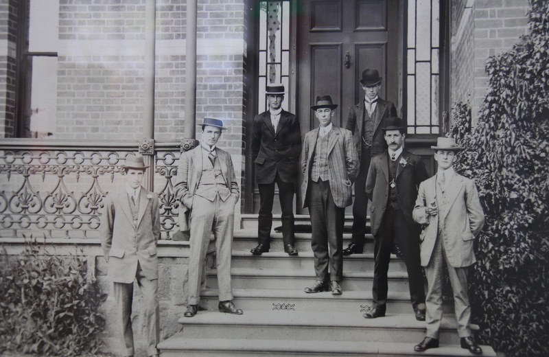 First class of students, 1912