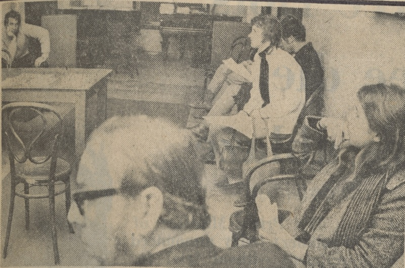 Participants in the Electronic Music Seminar 1971 listening to tape samples in the Grainger Museum
