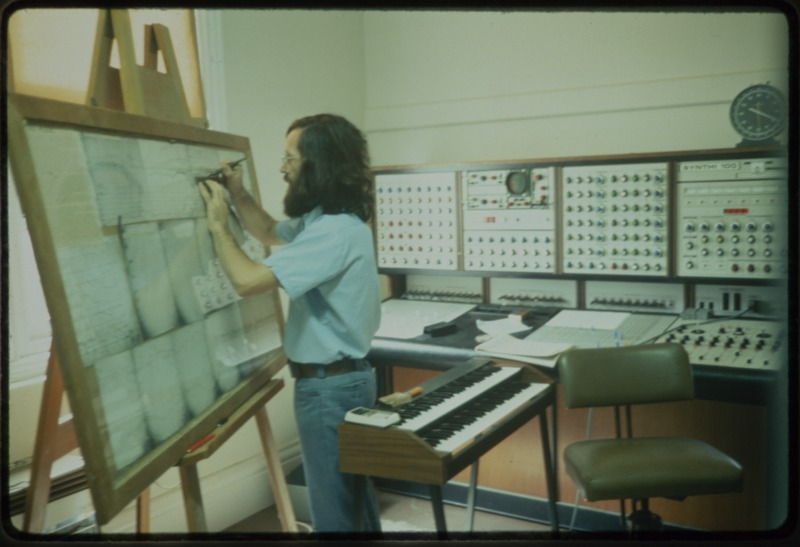 Les Craythorn realising Percy Grainger's Free Music on the Synthi 100