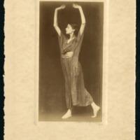 Unidentified expressionist dancer, 1905